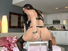 Sexy hottie can't live without getting her anal and fur pie drilled